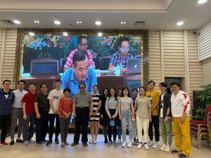 20191103_澳大校友會成員與參加訪問之學生合照